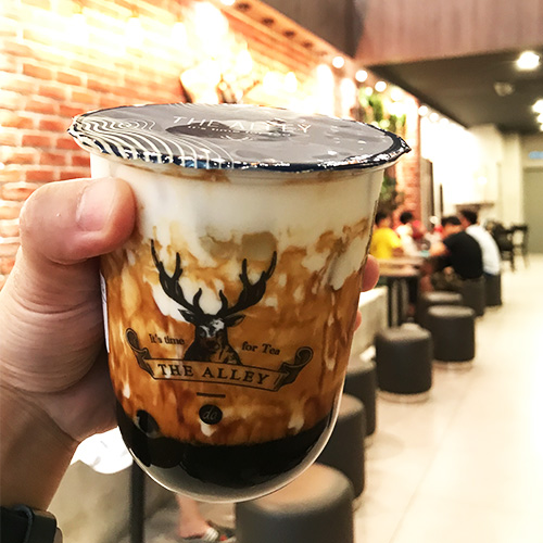 the alley malaysia brown sugar deerioca creme brulee milk